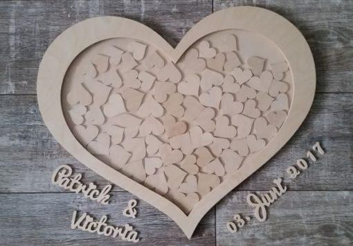 Bilderrahmen als Herz aus Naturholz