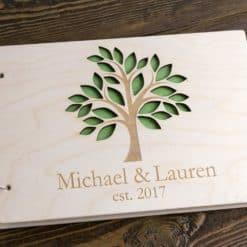 Gästebuch Hochzeit aus Holz mit Gravur - Weißer Baum