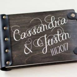 Gästebuch Hochzeit aus Holz mit Gravur - Black Vintage