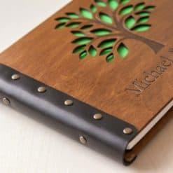 Gästebuch Hochzeit aus Holz mit Gravur - Baum
