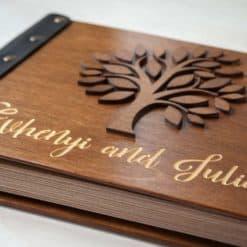 Vintage Fotoalbum aus Holz mit Gravur - 3D Baum